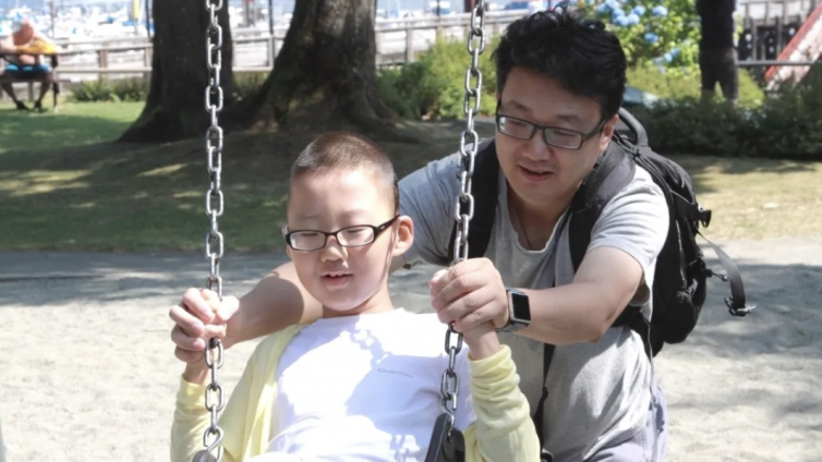 EMP学员孙立伟:为孩子们挡风遮雨、修渠筑篱