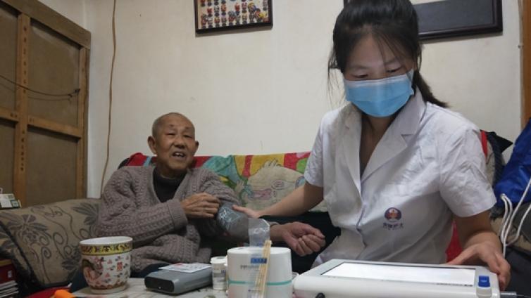 """北京   """"独一代""""压力大,共享护士上门养老服务市场潜力大"""
