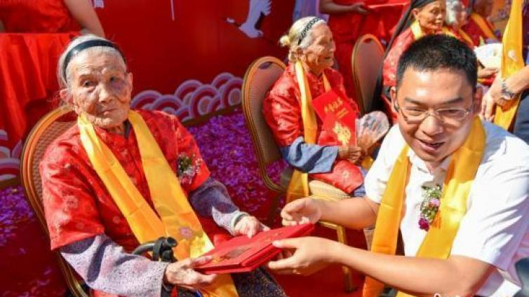 重阳节丨中国各地举行多种活动庆祝重阳节