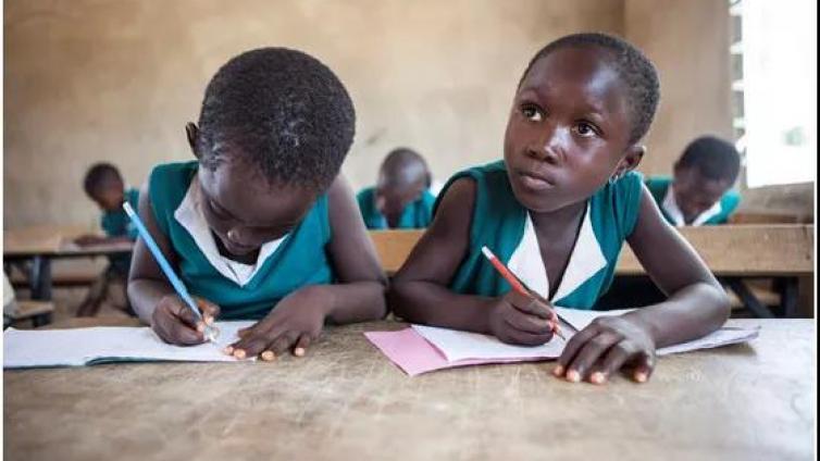 李永乐老师:一套板书带你了解《贫穷的本质》